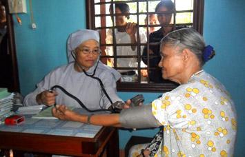 Gia Lai: Chùa Bảo Sơn - Tiếp sức cho người nghèo