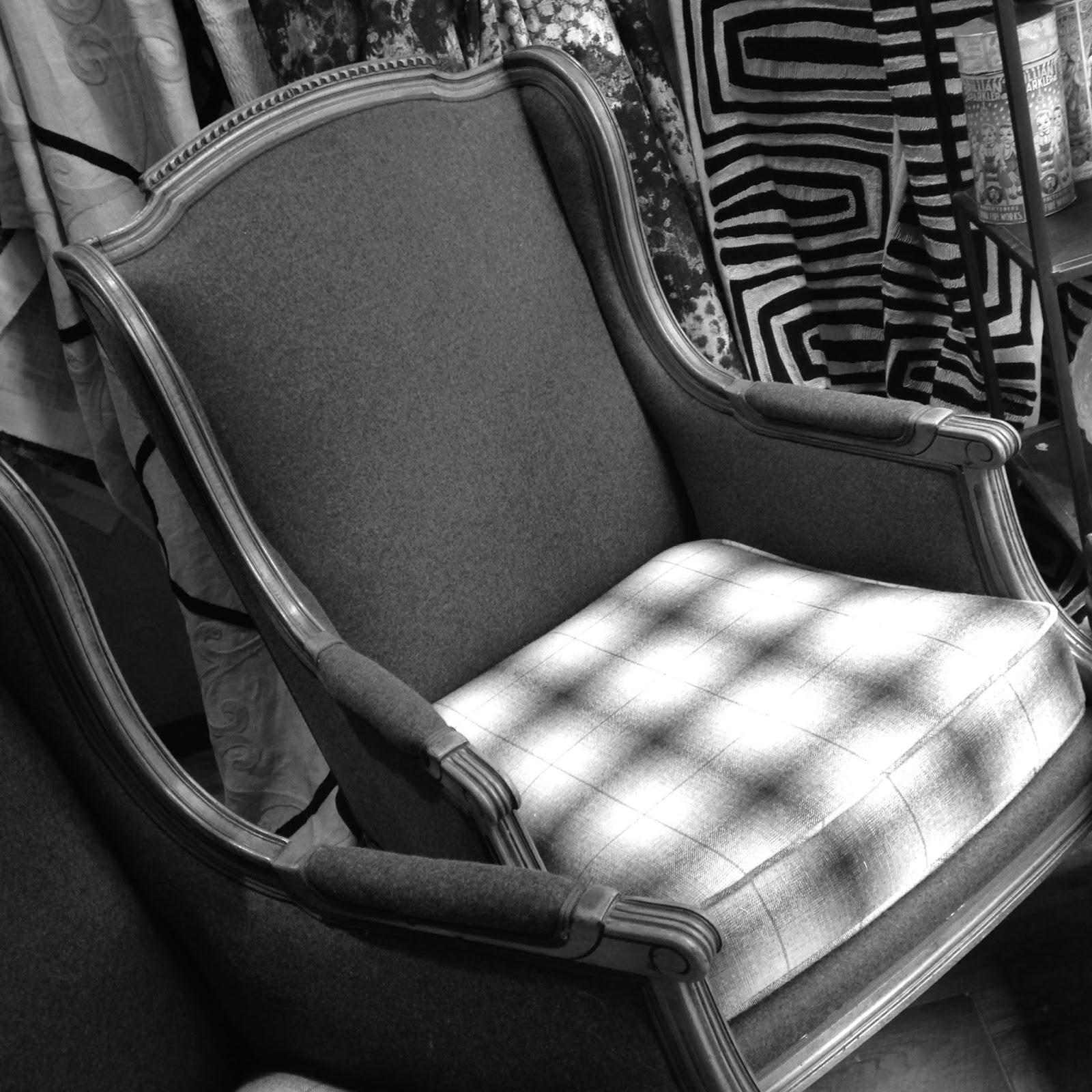 atelier anne lavit artisan tapissier d corateur 69007 lyon paire de berg res. Black Bedroom Furniture Sets. Home Design Ideas