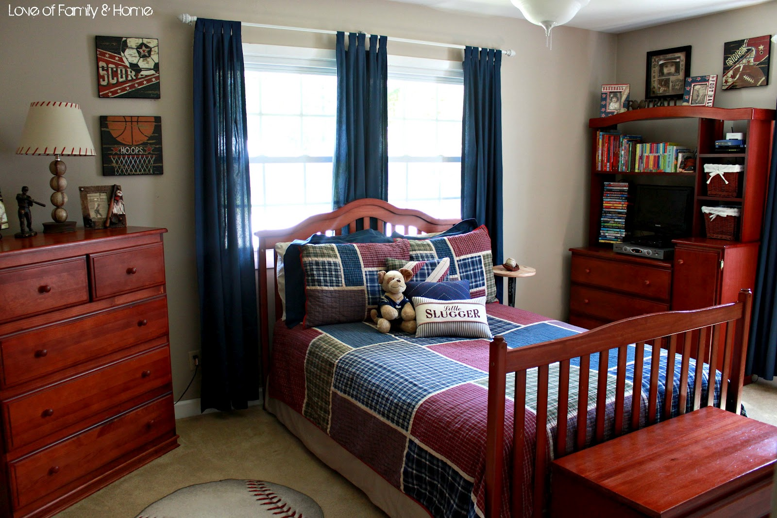 Parker 39 s room vintage baseball boys 39 bedroom love for Boys bedroom ideas