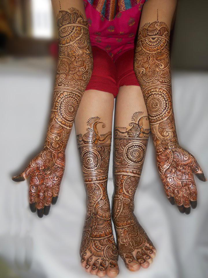 Artistic Mehndi designs