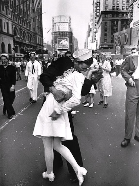 kissing or smooching