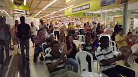 Platéia no Carrefour Maraponga, aniversário da Soler
