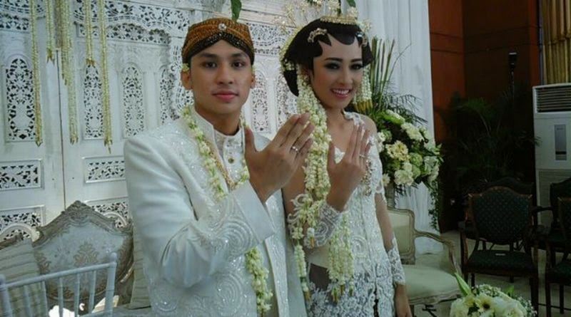 Pernikahan Niken Anjani dengan Rama