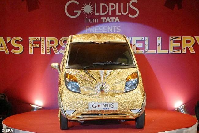 http://2.bp.blogspot.com/-ugd0F4u0gJ8/TocbMHwXCXI/AAAAAAAAjaE/tNG_Mk7MzqY/s1600/Tata+Nano+Gold+Car-003.jpg