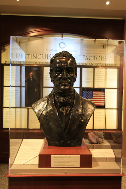 The statue of Smithsonian at Smithsonian Castle in Washington DC, USA