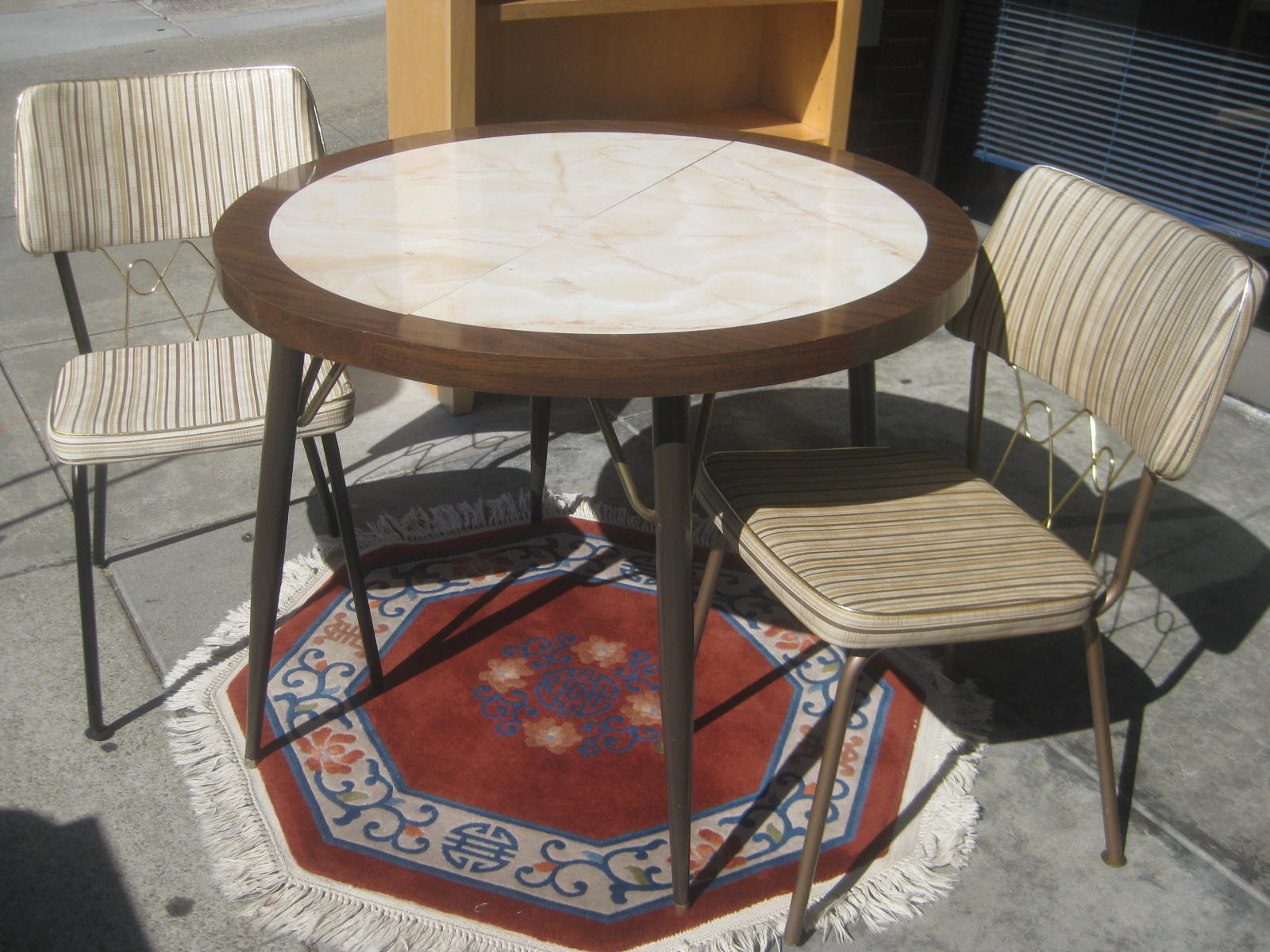 UHURU FURNITURE & COLLECTIBLES: SOLD - Retro Kitchen Table and Two ...