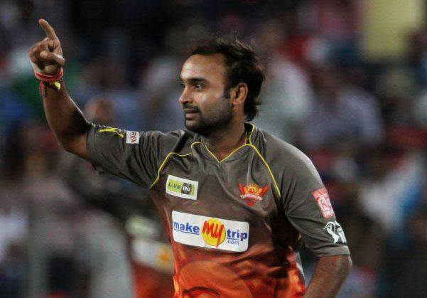 Amit-Mishra-SRH-vs-KXIP-IPL-2013