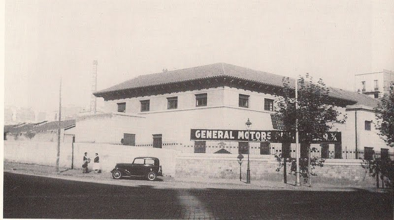 Barcelof lia f brica general motors carrer mallorca 433 for General motors company profile
