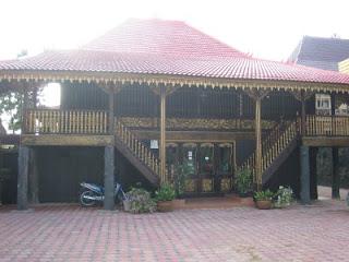 rumah adat sumatera selatan sumsel rumah tradisional rumah limas palembang sumsel rumah limasan Gambar Rumah Adat Indonesia