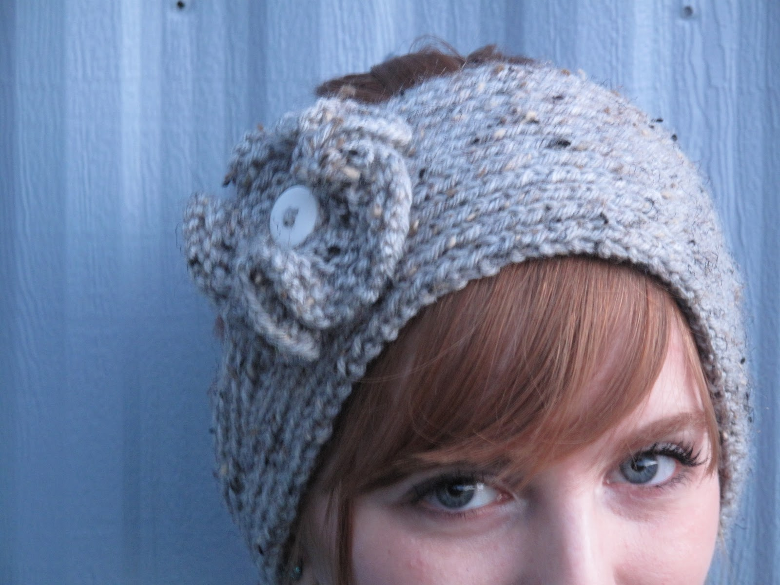 Knitted Headband Patterns With Flower : Knit Cookies Knits: Knit flower tutorial