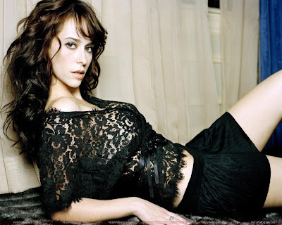 Jennifer Love Hewitt Glamorous Photo Shoot