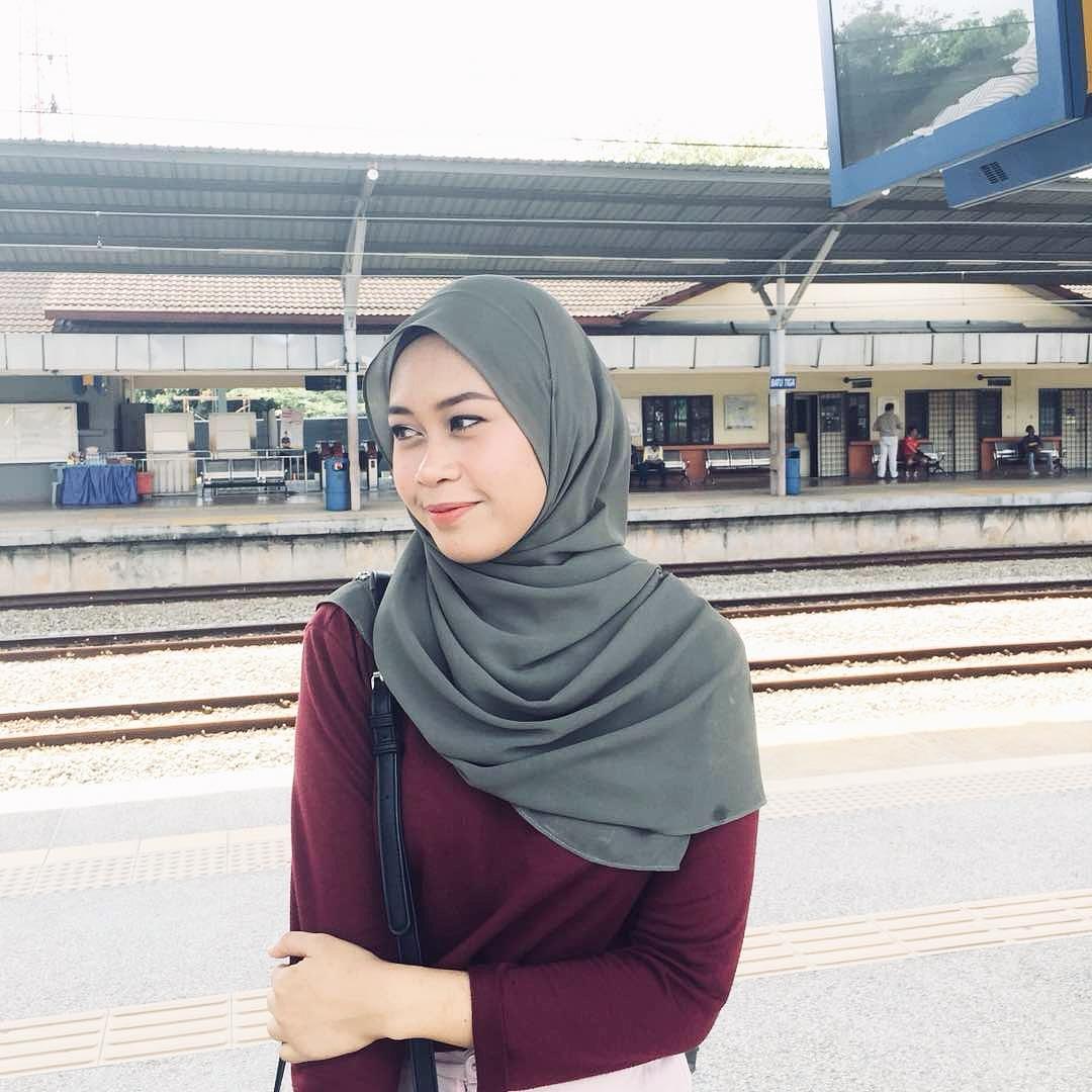 LENNE / 22 / MALAYSIA