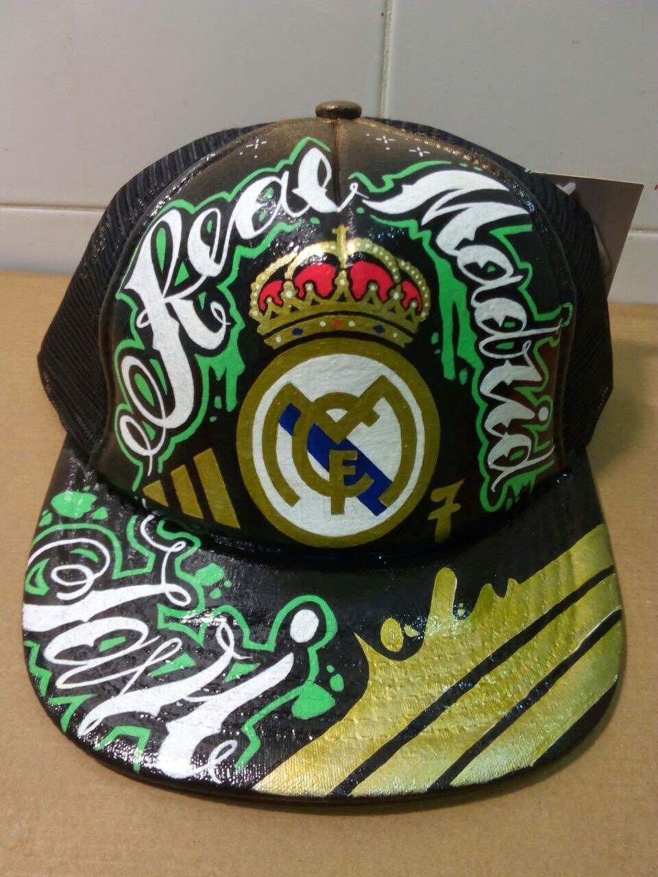 Customprocaps gorra real madrid customizada for Correo real madrid