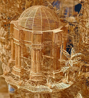 Replika bangunan palace of fine arts