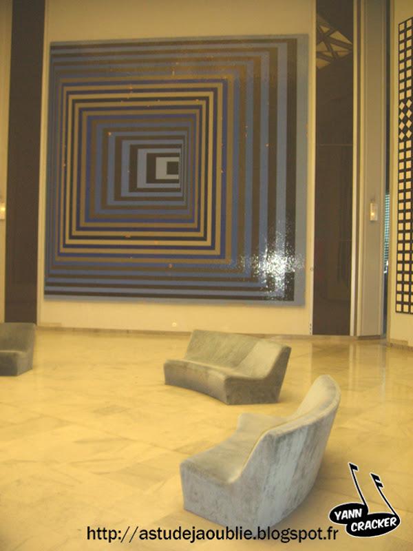 Aix en Provence - Fondation Vasarely  Architectes: J. Sonnier et D. Ronsseray (sur une idée de Victor Vasarely)  Construction: 1975