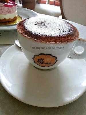 St. Michel Café Confeitaria: Café Capuccino Italiano
