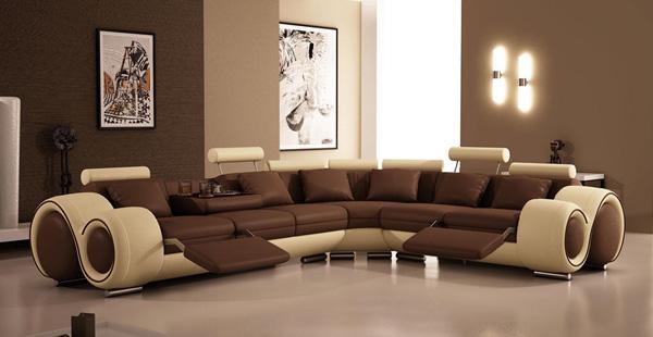 Canapea cu coltar