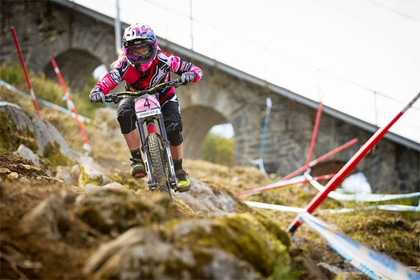 2015 Lourdes UCI World Cup Downhill: Qualifying Highlights