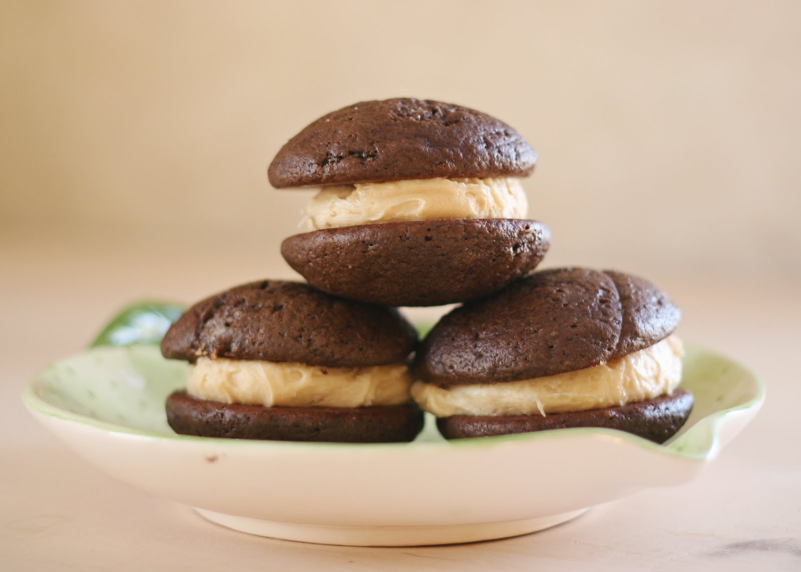 Sweet Cheeks in the Kitchen.: Peanut Butter Whoopie Pies