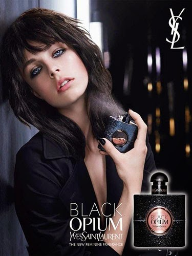 Black Opium Yves Saint Laurent nuevo perfume femenino presentado por Edie Campbell
