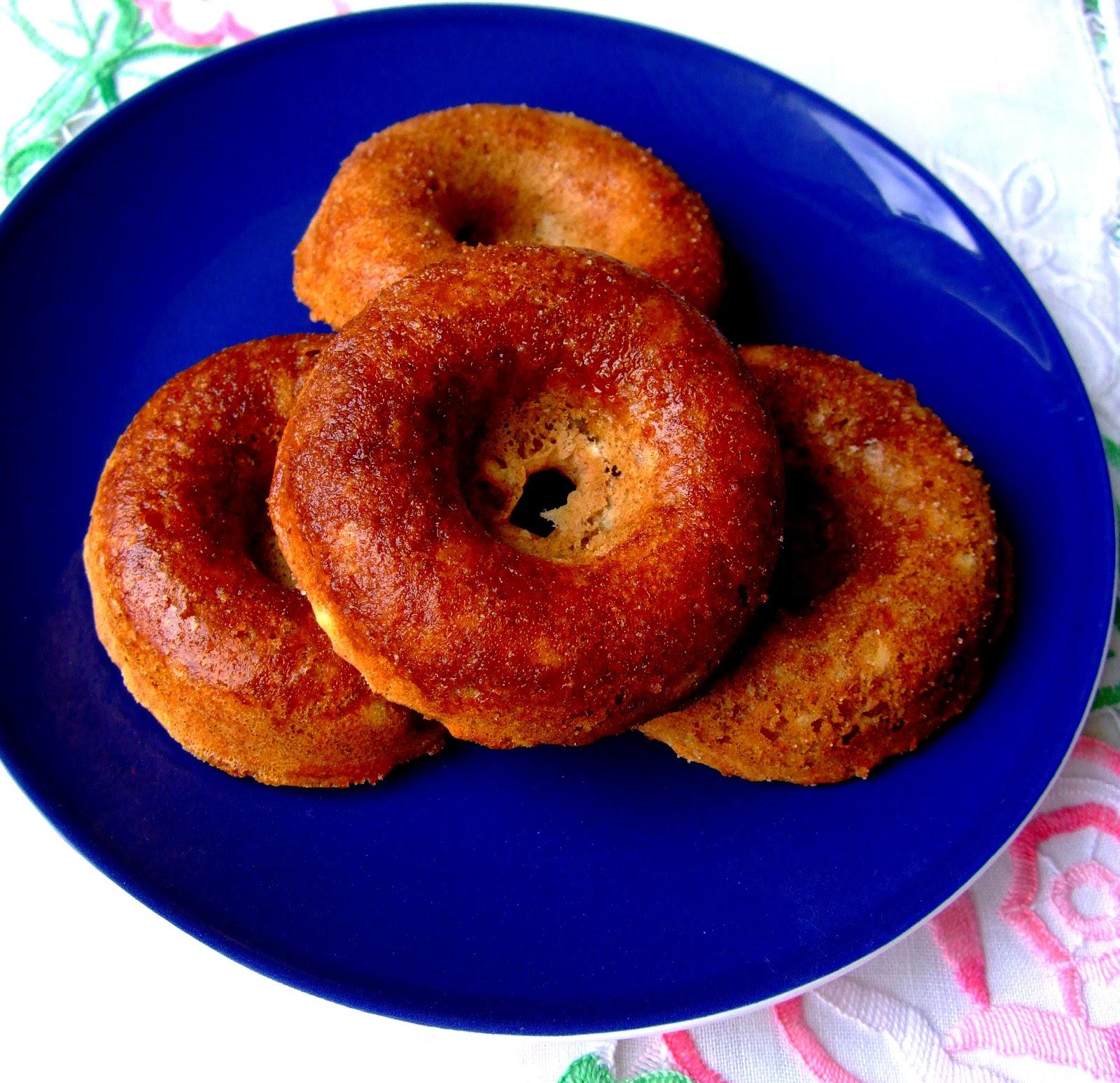 Gluten Free Baked Banana Doughnuts - Kat Cupcake