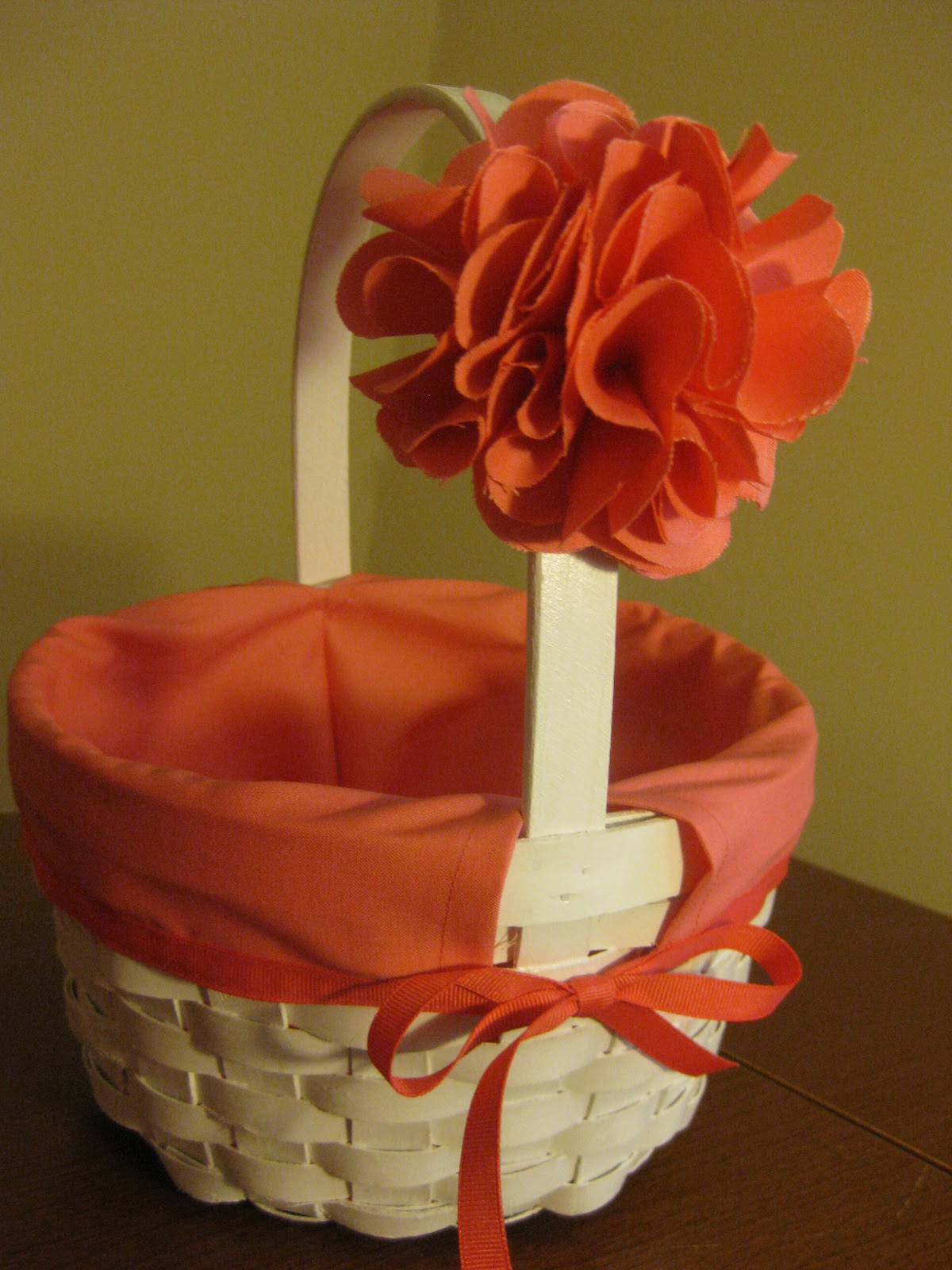 How To Make A Flower Girl Basket With Fabric : Bonnieprojects flower girl baskets with exchangable liners