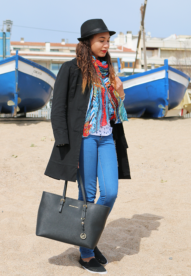 Blue Birds and Boats OOTD, Trench coat and plimsoles