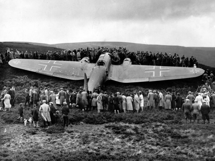 Ww2 Abandoned Or Crashed Aircraft http://coastkid.blogspot.com/2012/01/east-lothians-royal-observer-corpspart.html