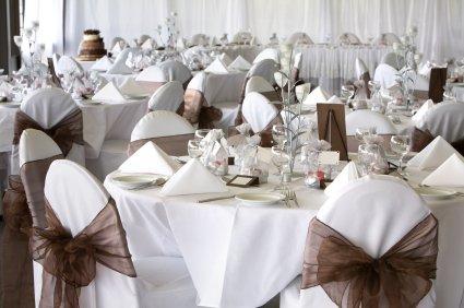Cheap wedding decoration ideas wedding decorations for Cheap wedding decorations uk