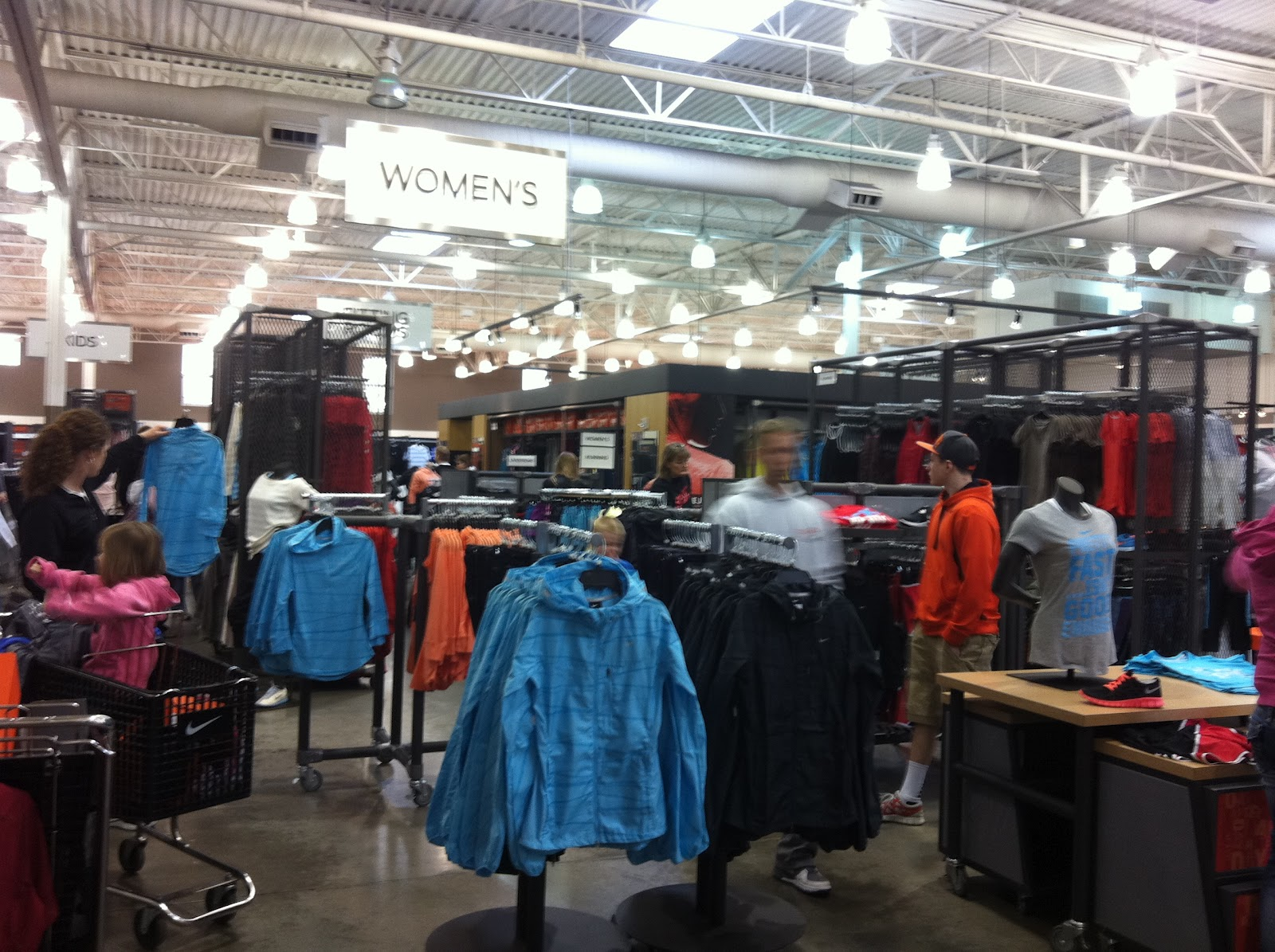 enlove life the nike employee store the store
