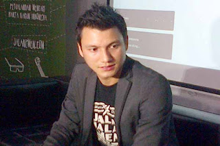foto terbaru suami titi kamal, foto terbaru Christian Sugiono