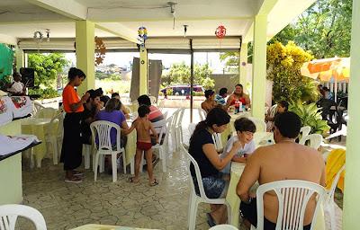 Casa cheia com Amaral Show no Dia das Mães do Passarela do Caranguejo