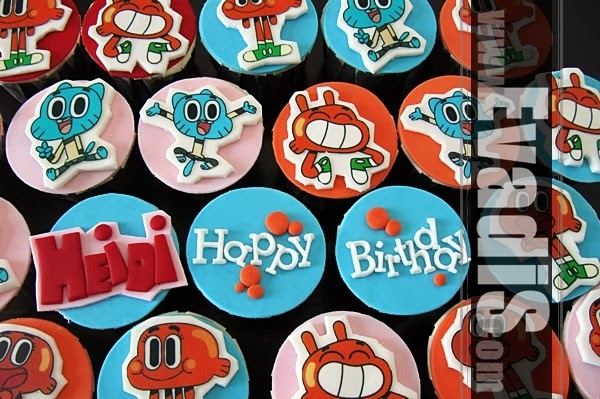 Top view cupcakes of Gumball and Darwin