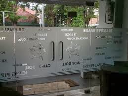 kaca film ,sticker sandblast 087878384433