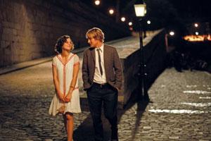 Marion Cotillard y Owen Wilson en Midnight in Paris