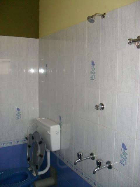 Фото гостиничного номера в Гокарне за 4$ в сутки