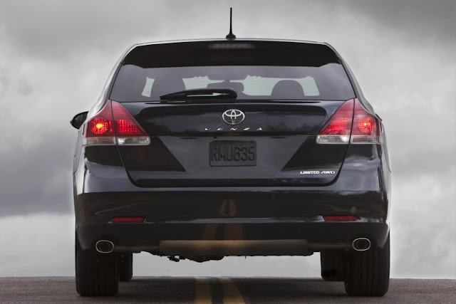 2015 New Toyota Venza Limited Edition back view
