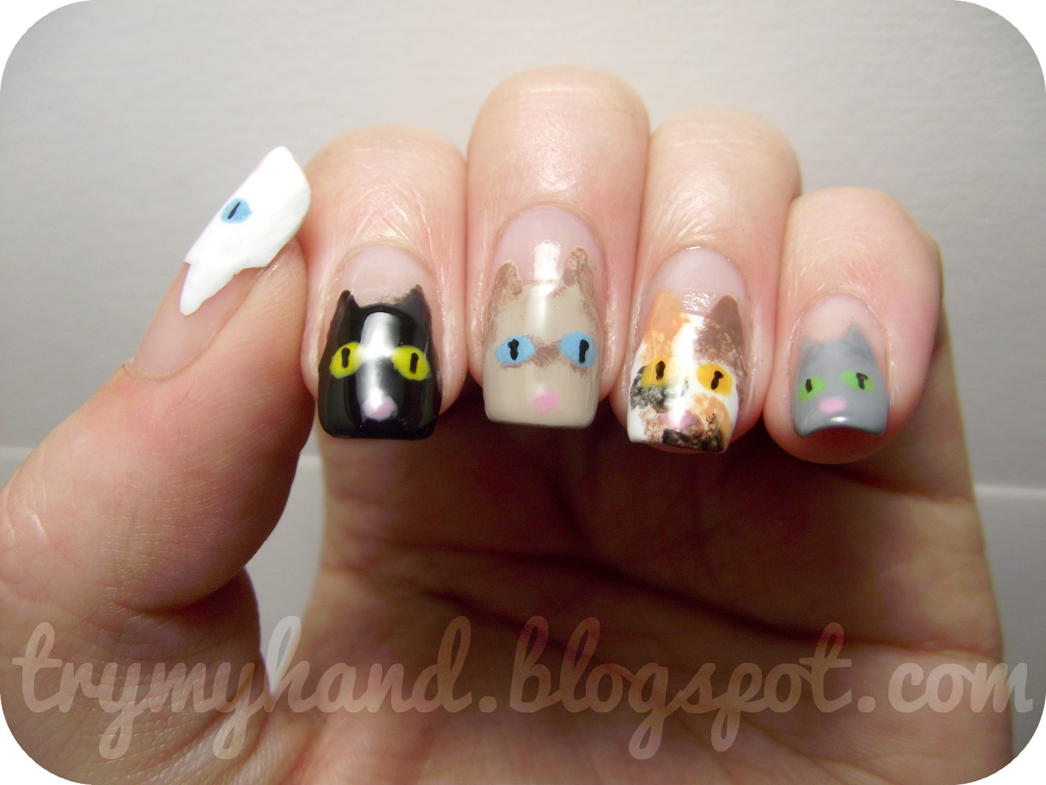 Try My Hand: NOTD : Kitty Cats !