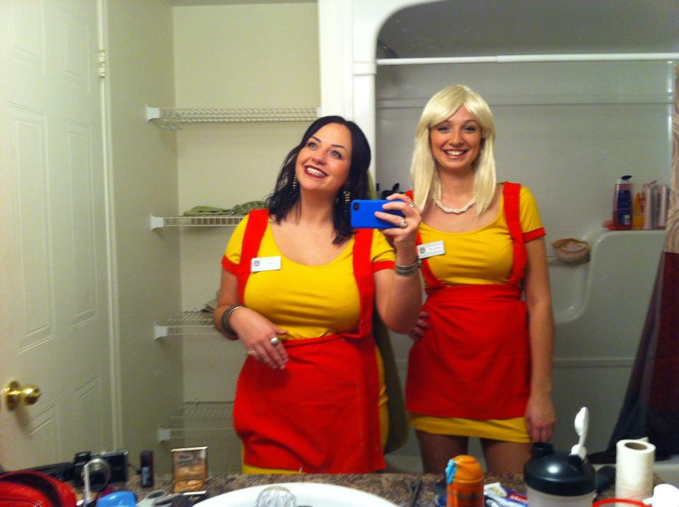 The Unknown Variable Two Broke Girls Costume