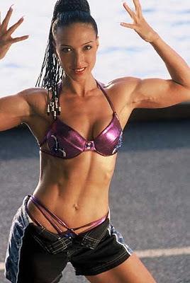 Female Fitness Competitor - Linda Cusmano