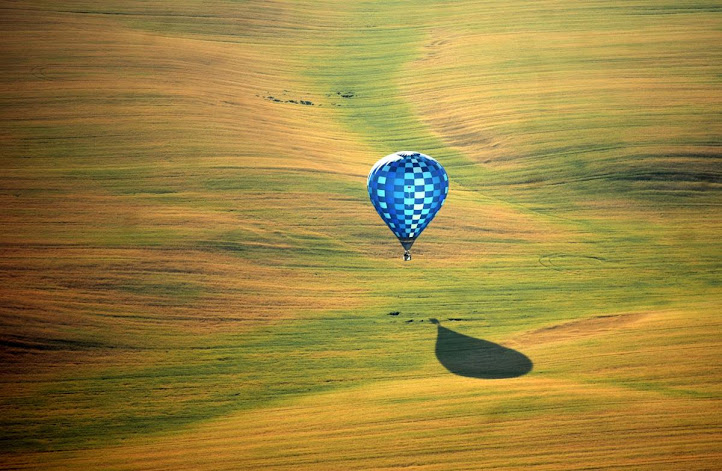 Hot-air balloon festivals