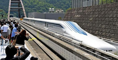 trem Maglev em Tóquio