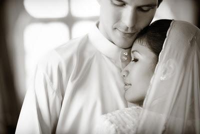 Hukum Hubungan Intim Suami Istri Di Bulan Ramadhan