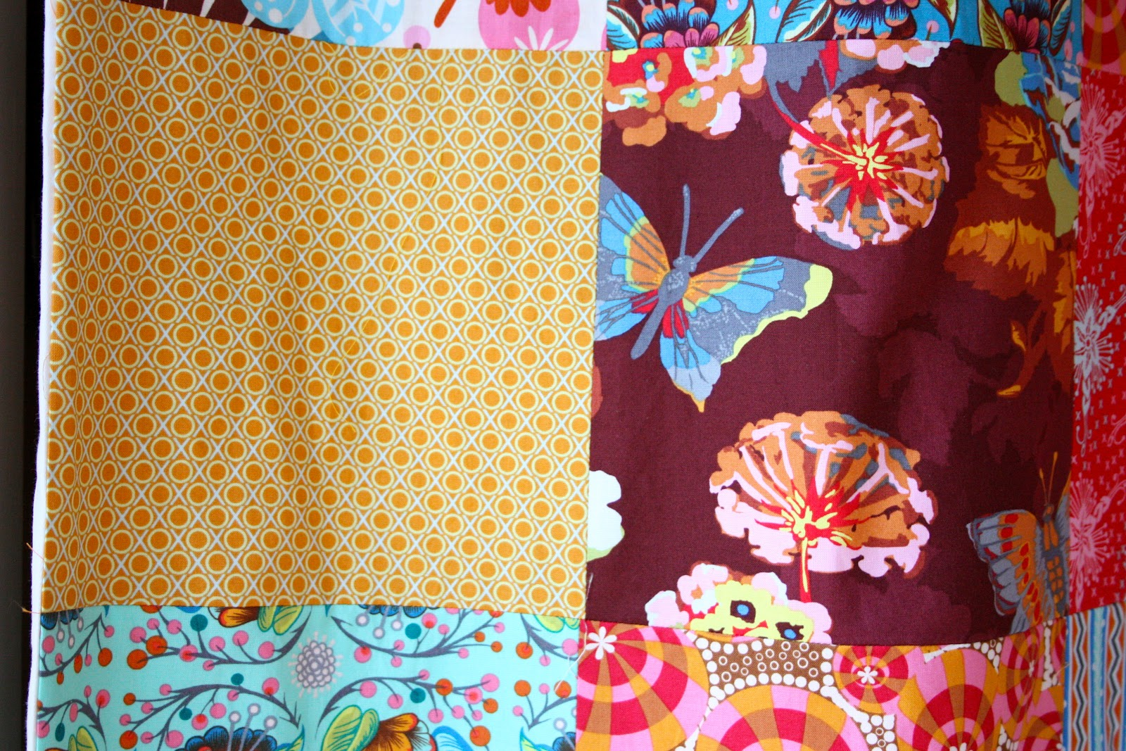 Patchwork shower curtain tutorial - My Two Favorite Fabrics In The Curtain