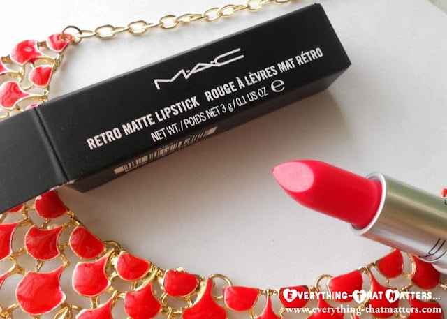 MAC+Retro+Matte+Lipstick+ RelentlesslyRed+Swatch+Review+Pictures+ETM