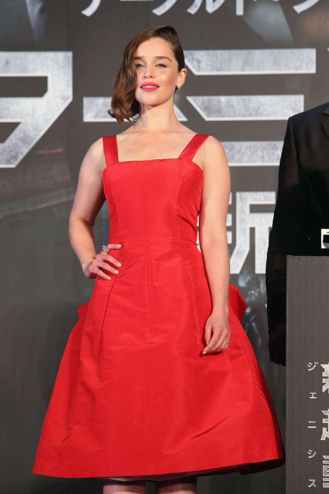 Emilia Clarke stuns in red at the 'Terminator Genisys' Tokyo premiere