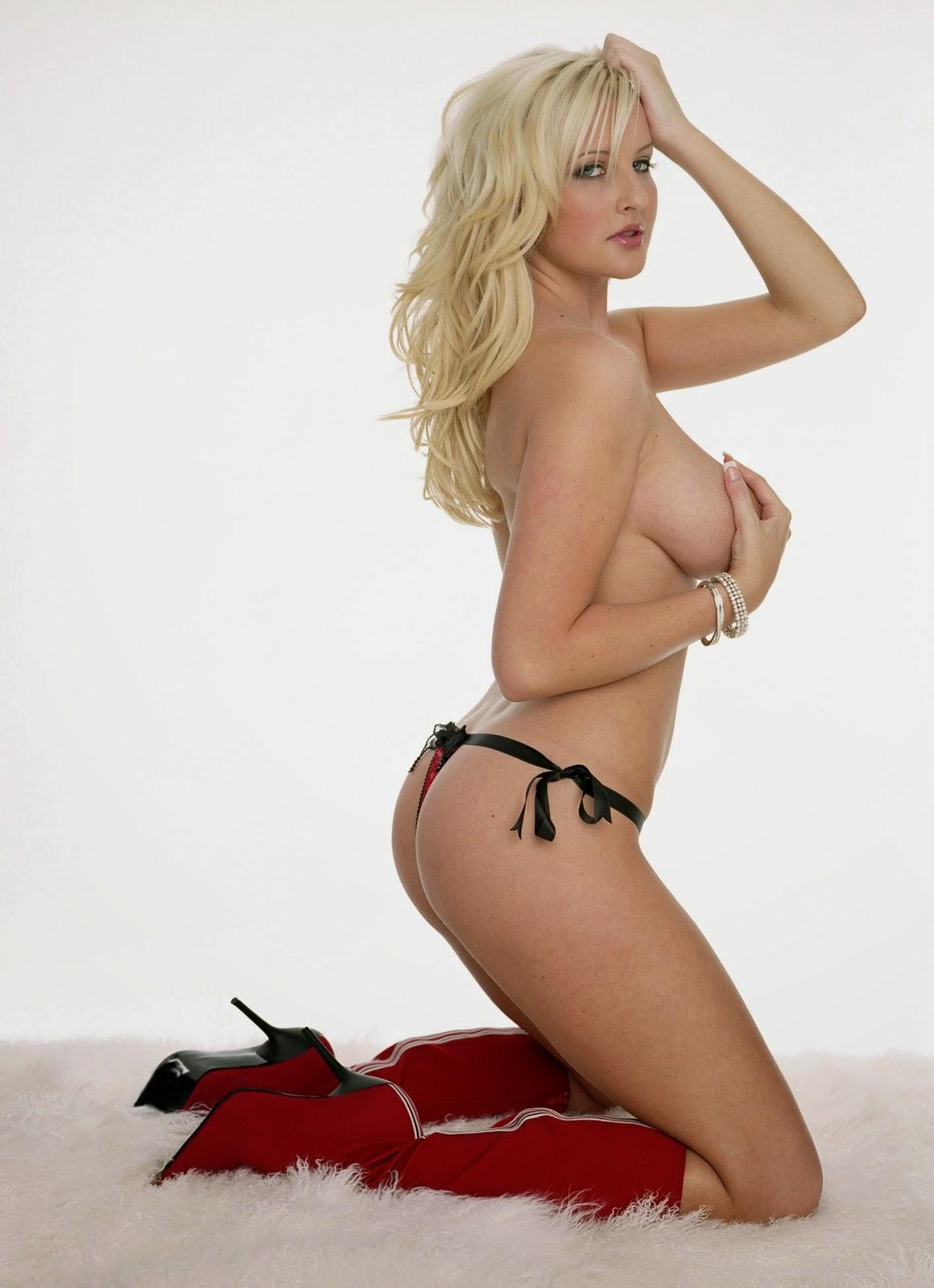 beautiful naked girls seductive