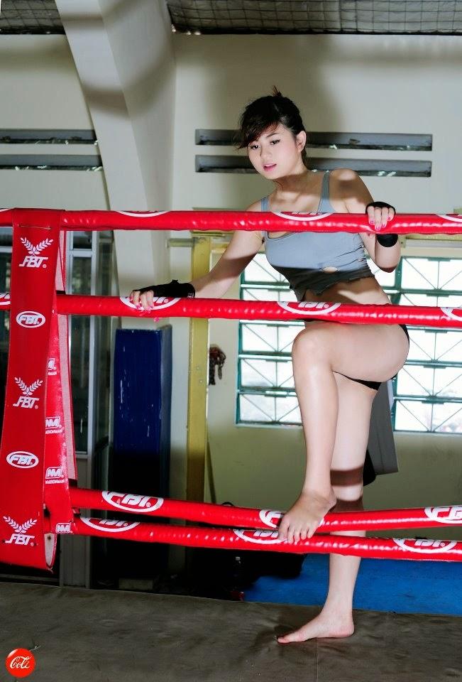 Hotgirl Châu Dương sexy với trang phục boxing 11