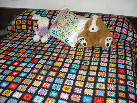 Un rincón de ideas: Colchas tejidas al crochet.