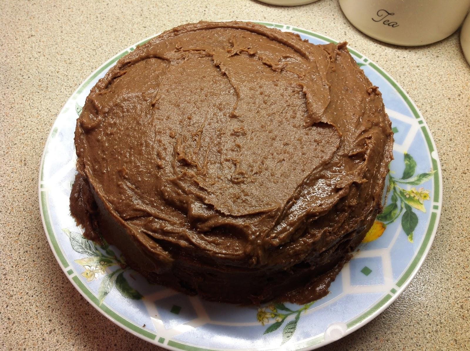 This Muslim Girl Bakes: Chocolate Fudge Cake